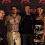 Ben Affleck , Henry Cavill y Gal Gadot,  actores de la nueva pelicula de Batman vs Superman en la premier de la Ciudada de México 3