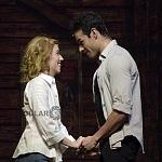 Ximena Nava como Baby y Diego de Tovar como Johnny en Dirty Dancing (1)