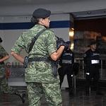 agrupamiento femenil de fuerzas especiales  Ingreso  al  metro CDMX, 4 am Desfile 2016
