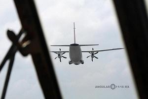 Aeronave Espartan vista desde la cabina del Hércules C-130 en la parada aérea del 16 de Septiembre 2016 1