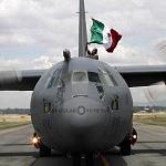 Aterrizaje de la aeronave Hércules C -130 en la base aérea Santa Lucia