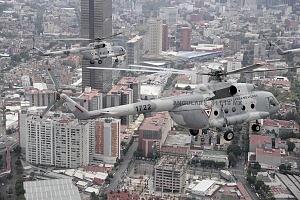 helicópteros MI-17 en formación, desfile 16 de septiembre 2016