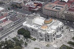 vista aérea del palacio de bellas artes desfile del 16 de septiembre 2016