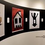 """Por tercer año consecutivo, el Museo Memoria y Tolerancia se suma a la causa de la organización Escucha mi voz en la exhibición de los carteles """"Violencia intrafamiliar ¡Paremos la violencia intrafamiliar"""