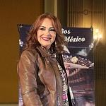 AIDA CUEVAS FESTEJANDO 40 AÑOS DE CARRERA ARTISTICA EN EL TEATRO METROPILITAN 2
