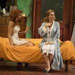 estreno de la obra Un tranvía llamado deseo en el Teatro Helénico (9)