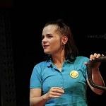Actriz Francesca Guillen en la puesta en escena instinto