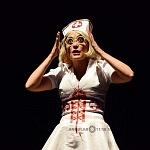 Adriana Cardeña directora y actriz en la obra Cómo ser feliz en 3 segundos (7)