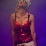 Adriana Cardeña directora y actriz en la obra Cómo ser feliz en 3 segundos (8)