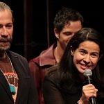 Juan Manuel Bernal y Arcelia Ramírez en la develación de la placa de Romeo y Julieta