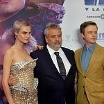 El director Luc Besson, Cara Delevingne, Dane DeHaan 1