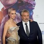 El director Luc Besson, y la actriz y modelo Cara Delevingne