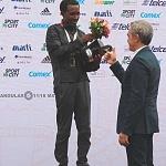 Premiación de la XXXV edición del Maratón Internacional de la Cuidad de México al ganador el Etíope Fikadu Kebede Guirma
