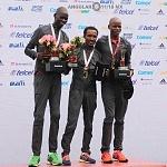 Premiación de3 ganadores de la XXXV edición del Maratón Internacional de la Cuidad de México