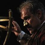 el actor Joaquín Cosío en la Puesta en escena, La desobediencia de Marte 2