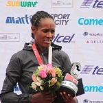 ganadoras rama femenil del XXXV edición del Maratón de la ciudad de México aspectos (1)