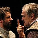 los actores José María de Tavira y Joaquín Cosío en la puesta en ecena La desobediencia de Marte