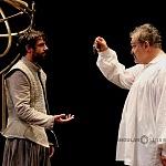 los actores José María de Tavira y Joaquín Cosío en la puesta en ecena La desobediencia de Marte 3