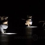 500 Lúmnes obra que muestra una relación entre luz oscuridad y danza contemporánea