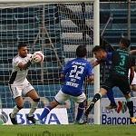 Cruz Azul derroto al santos por 2 goles a 1 en la jornada 9 torneo apertura 2017