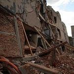 Derrumbe del edificio Saratoga 715 colonia portales edificio de 5 pisos con 16 viviendas a consecuencia del sismo del 16 de Septiembre de 2017 ( toma lateral)