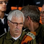brigadista Israeli durante la ceremonia de despedida (3)