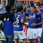 festejo del gol del Chaco Gimenez frente al Santos en la jornada 9 del torneo apertura 2017 (1)