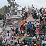 voluntarios civiles retirando escombro durante el sismo del 19 de septiembre 2017 en la ciudad de México (5)