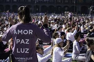 Naam Yoga, Encuentro Global por la Paz y la Sanación 2017 plaza de la constitución ciudad de México