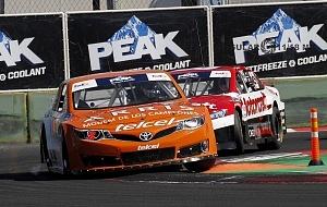 Abraham Calderón piloto del auto 2 de la escudería ARRIS Telcel se corona campeón de la NASCAR México 2017 7
