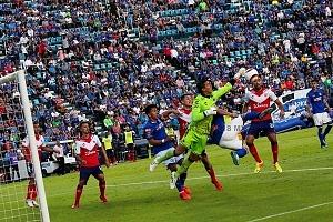 Cruz Azul derrota al Veracruz 1 a 0 y con este resultado clasifica a la liguilla del apertura 2017 (8)