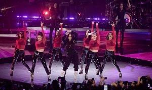 Demi Lovato en los premios tehit 2017 (5)