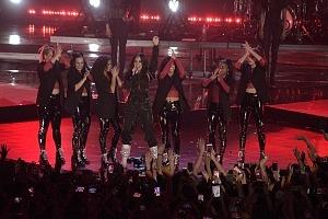 Demi Lovato en los premios telehit 2017 tres