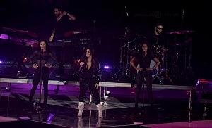 Demi Lovato en los premios telehit 2017 uno