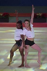 Gala Gimnastica Usana 2017 Yasenia Saskia y Ayelen Tarabini