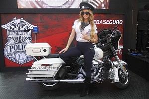 Harley Days 2017 exhibición y venta de motocicletas Harley Davidson edecanes uno