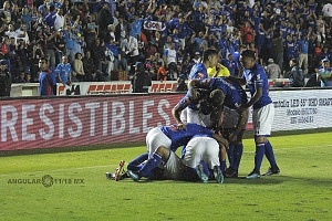 festejo del gol por parte Cruz Azul en la jornada 17 contra el Veracruz