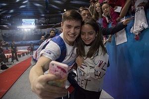 Gala Gimnastica USANA 2017 Selfy Nikita Nagormy