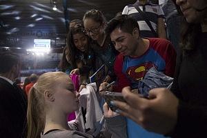 Gala Gimnastica USANA 2017 firma deautografos de Angelina Melankova