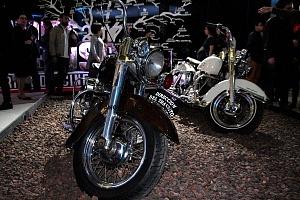 Estudios Churubusco celebra sus 72 años con magna exposición motocicletas de la pelicula a toda maquina