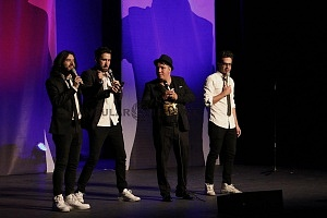 stand up show de comedia de Pipa y Guante 2