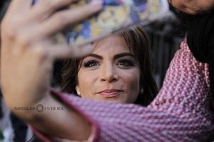 Actriz Silvia Navarro en el Inicio de la temporada 75 del Hipódromo de las Américas 2018