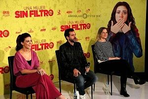 Conferencia de Prensa de la pelicula Una Mujer Sin Filtro elenco 1