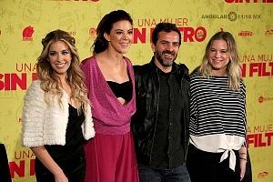 Conferencia de Prensa de la pelicula Una Mujer Sin Filtro elenco