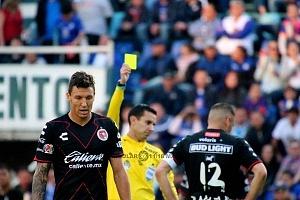 Cruz Azul Vs Tijuana empata 0 a 0 en la jornada 1 del clausura 2018 tarjeta amarilla