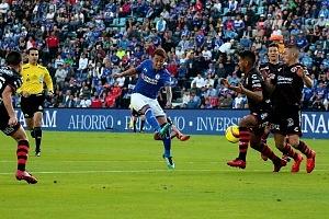 Cruz Azul Vs Tijuana empata 0 a 0 en la jornada 1 del clausura 2018 tiro desviado