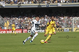 Nicolás Castillo delantero de los Pumas en la jornada 3 del torneo de clausura 2018