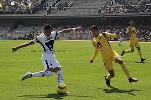 delantero de los Pumas en la jornada 3 del torneo de clausura 2018 (1)