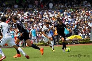 Pumas iguala 1-1 con las Chivas en juego de la jornada 9 del clausura 2018 (5)