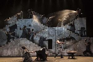 Reestreno de la obra Numancia de Miguel de Cervantes Saavedra en el teatro Julio Castillo